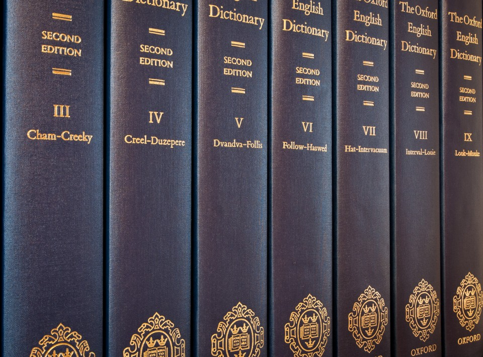 024 Oed2 Volumes Manual For Writers Of Researchs Theses And Dissertations Magnificent Research Papers A Amazon 9th Edition 8th 13 960